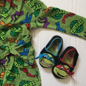 TMNT Slippers Size 13/1